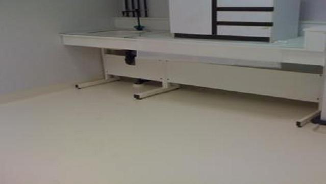A méliorer l'écoulement de l'électricité statique avec un revêtement de sol optimal